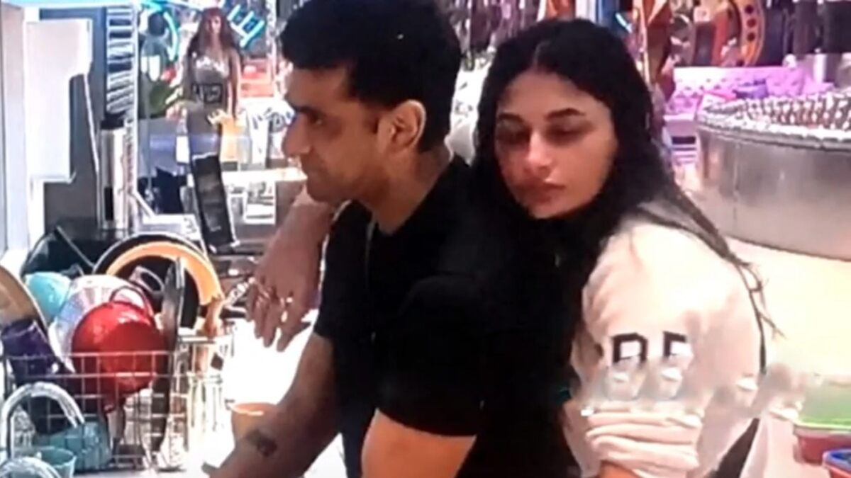 Bigg Boss 14: Pavitra Punia Sees the 'Loneliness' in Eijaz Khan's Eyes as She Develops Feelings for Him