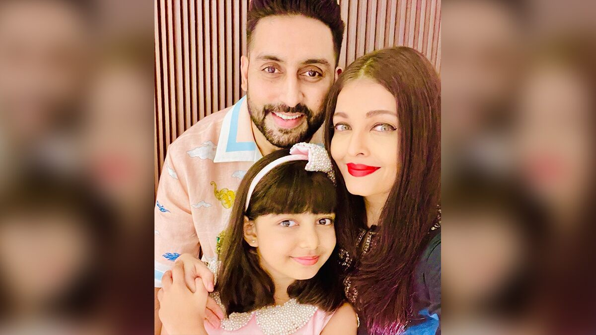Abhishek Bachchan and Aishwarya Rai Bachchan Pose For Cute Selfies With Their 'Darling Angel Aaradhya' On Her Ninth Birthday! (View Pics)