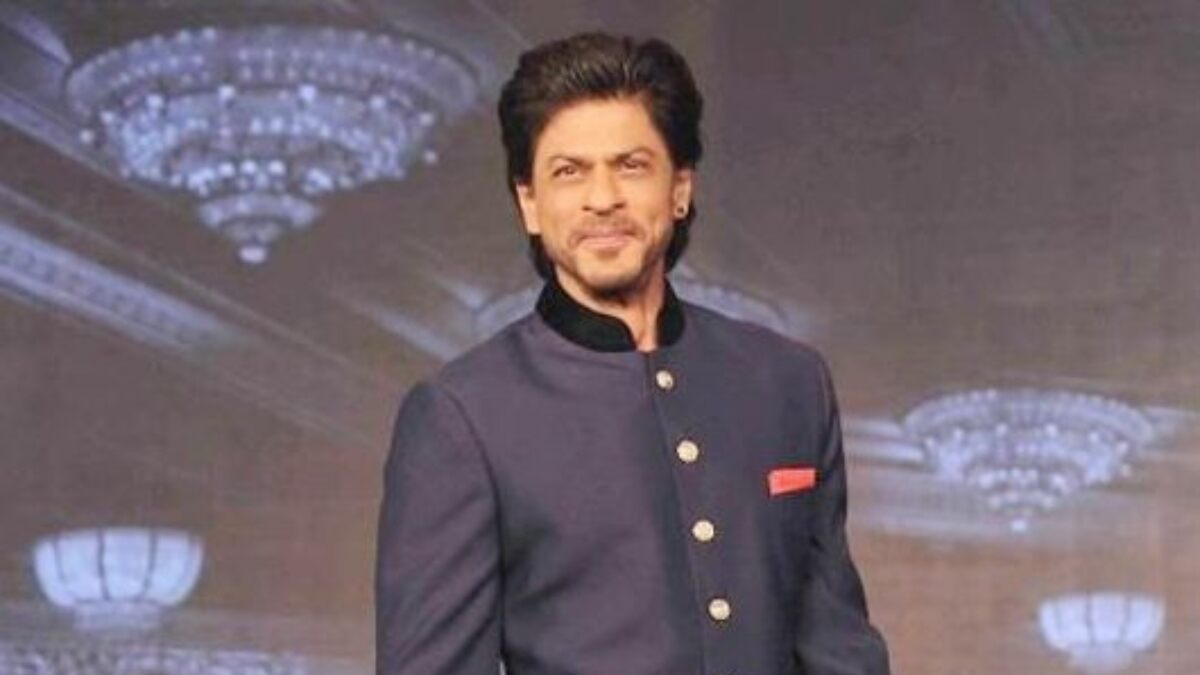 Shah Rukh Khan Sends Festive Wishes for the Season and It Has Made Our Diwali Happy (View Tweet)