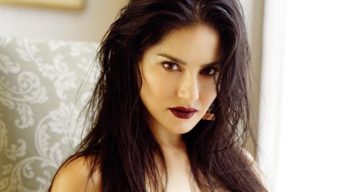 Sunny Leone Stuns in a Black Dress in Her Latest Post, Promises a 'Dope' Video Dropping Soon (View Pic)
