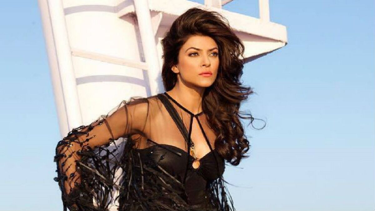 Sushmita Sen: I Am Hardly Conscious About the Fashion Critics While Picking My Outfits