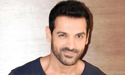 John Abraham, PETA India's Person of the Year 2020 Feels Living in Harmony with Birds, Animals Makes Us Better Humans