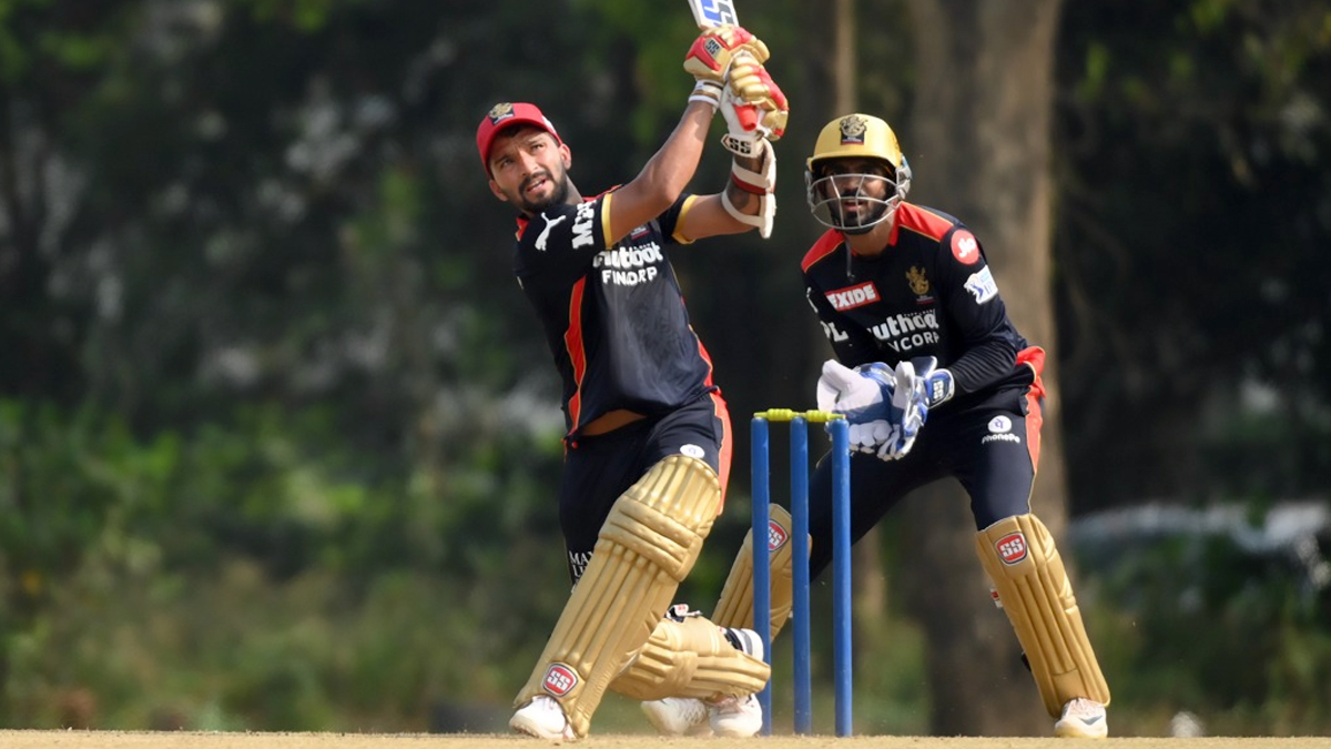 RCB Field Only Three Overseas Players vs KKR As Rajat Patidar Replaces Daniel Christian in Playing XI
