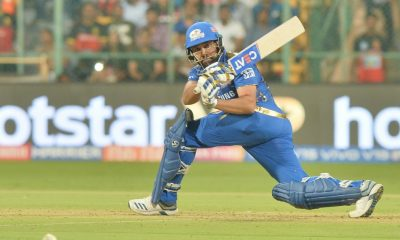 Rohit Sharma's One-Handed Six Against Delhi Capitals in IPL 2021 Amazes Netizens (Watch Video)