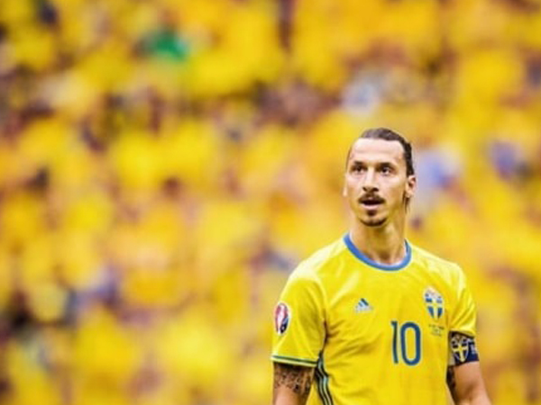 Zlatan Ibrahimovic Ruled Out of European Championship 2020 Due to Knee Injury
